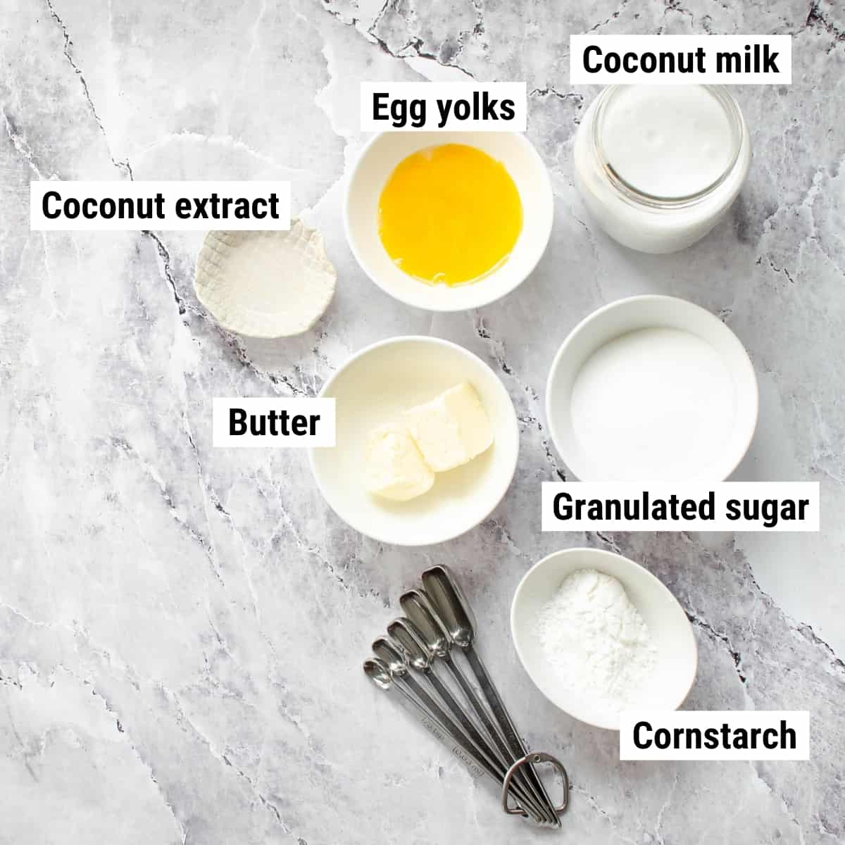 The ingredients to make coconut pudding.